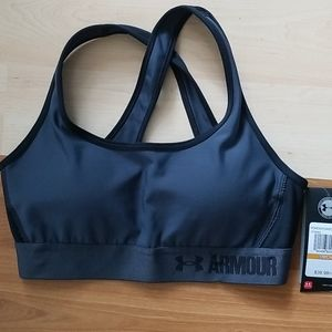 Sports bra mid compression with padded cups